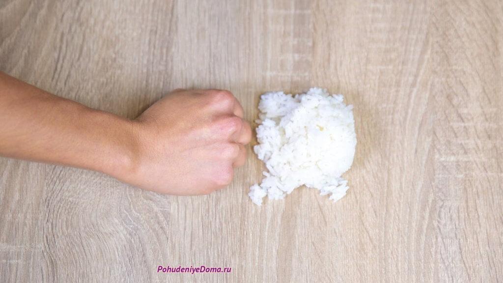 Сколько калорий в горсти риса?